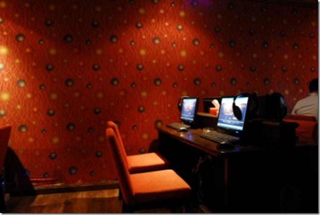Internet Cafe (1)