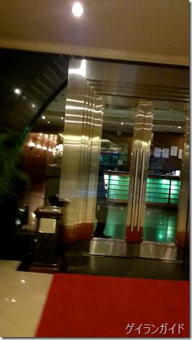 クラシックホテル  地下1階スパ 入り口