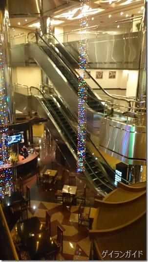 クラシックホテル エスカレーター