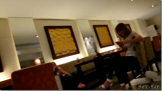 Raja Hotel ラウンジの女の子