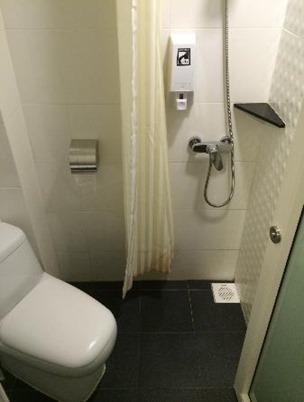 la-douche-en-mode-tout[1]