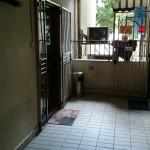 ゲイラン 置屋 Lor16 House 54A アパート2階の隠れ家置屋